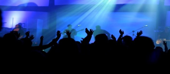 contemporary-worship-service